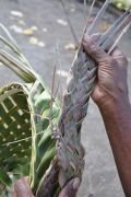 Tressage des feuilles de cocotier, Lô, Torrès